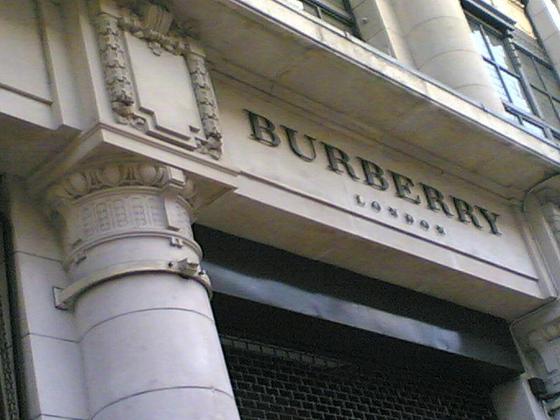 Burberry CEO verhuist naar Apple