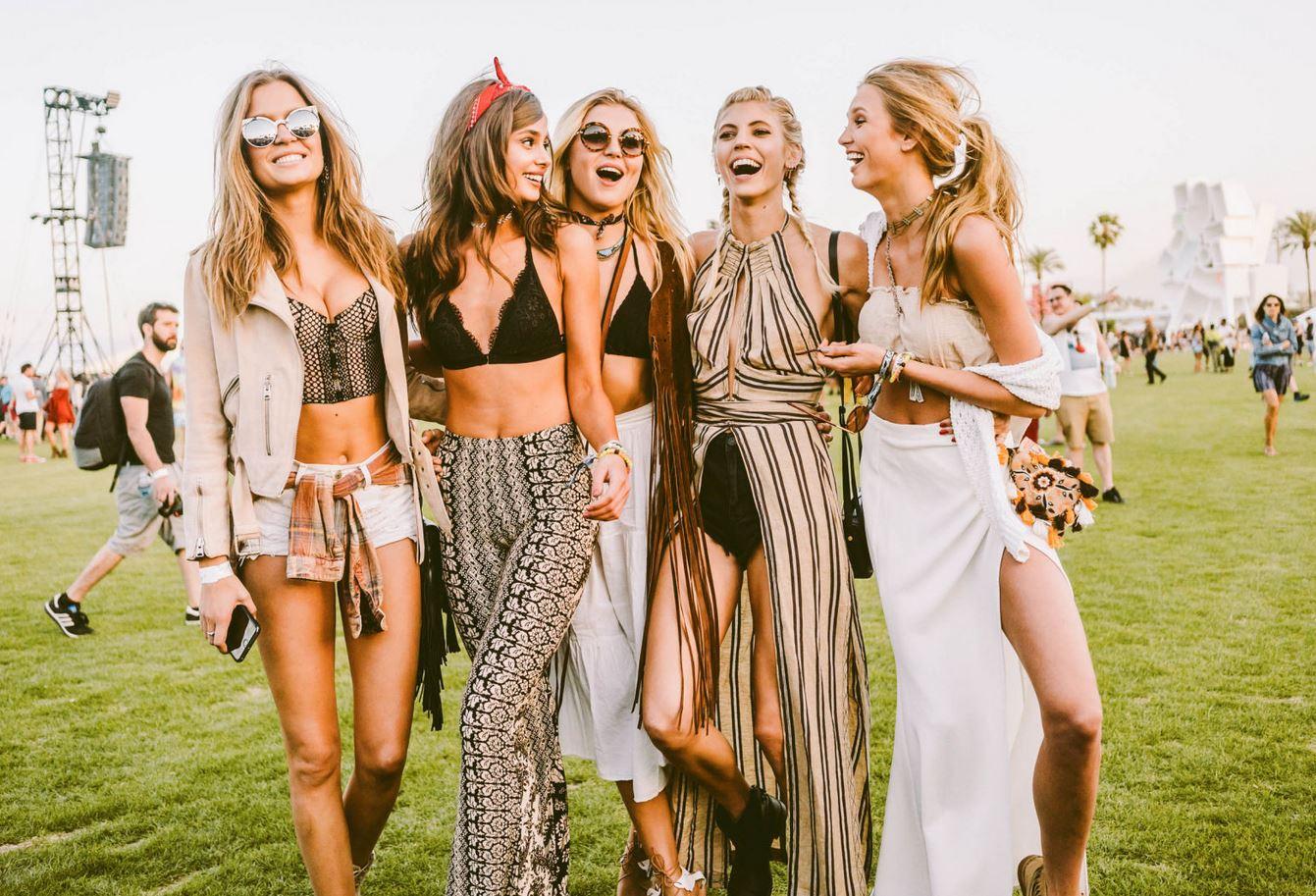 kleding op festival