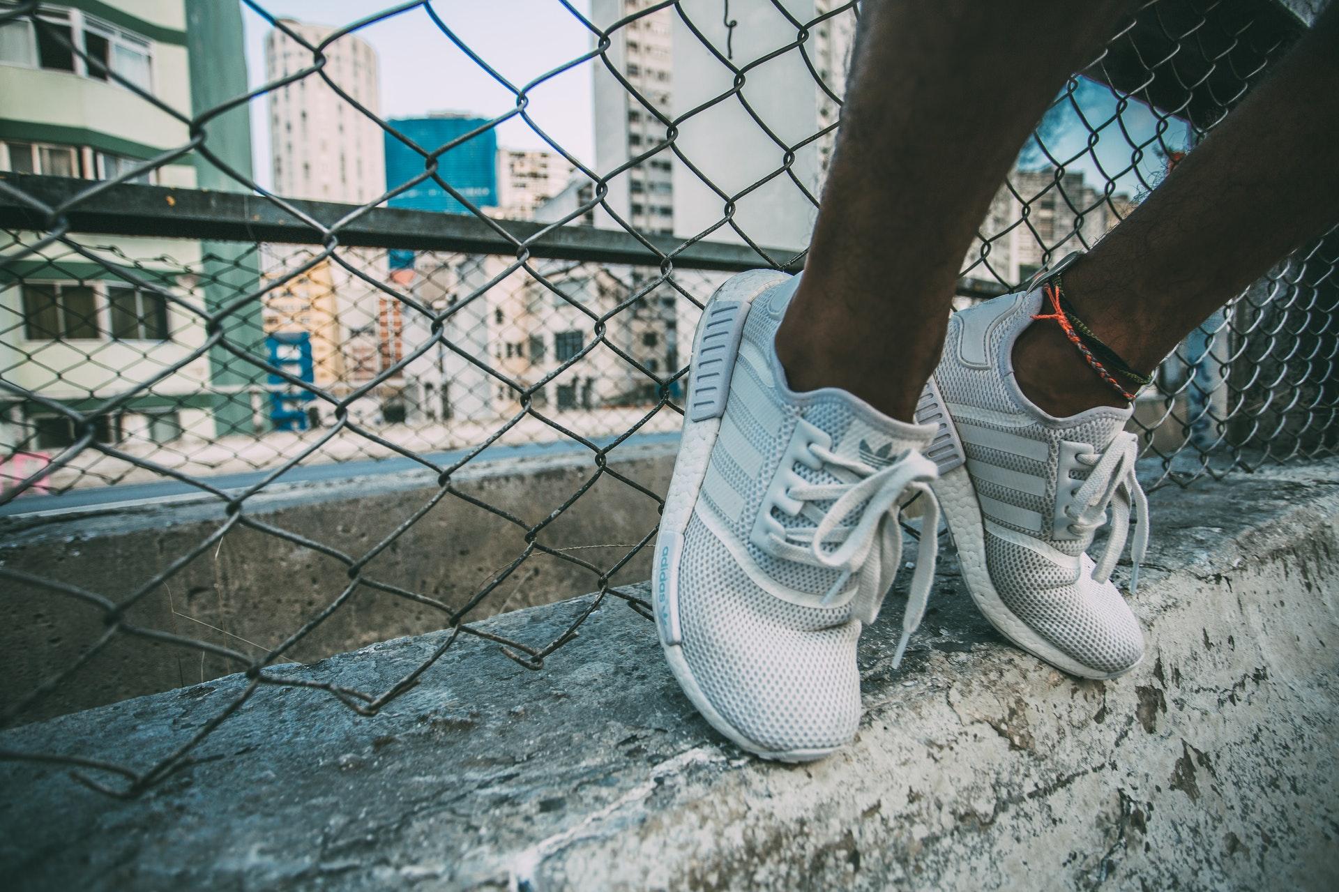 De 5 hipste sneakers van deze zomer!