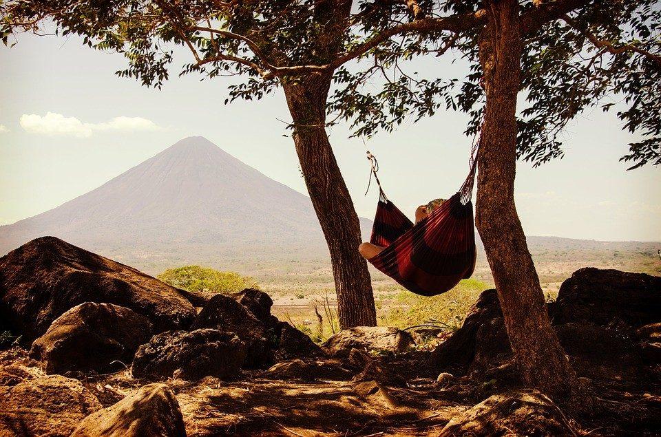 We dromen er allemaal wel eens van…heerlijk relaxen in je eigen tuin in een hangmat!