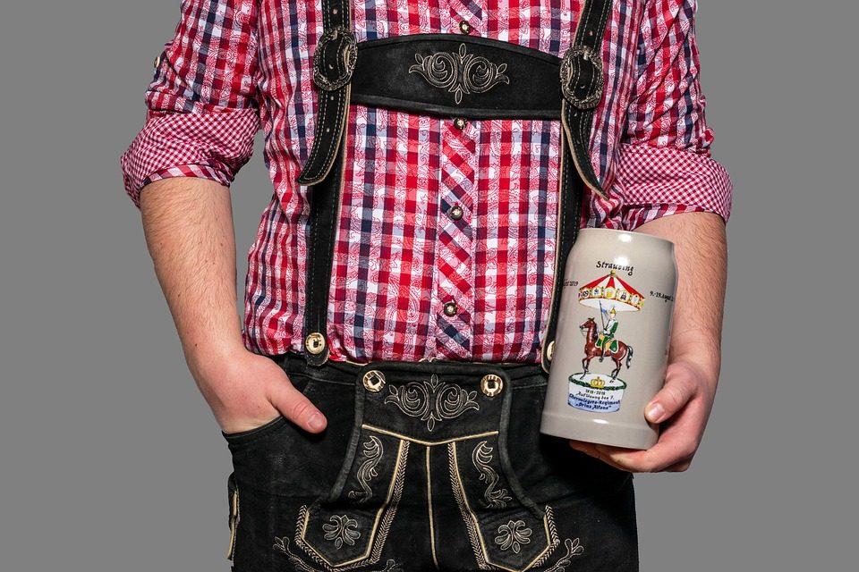 Lederhosen: de mannen outfit voor het Oktoberfest